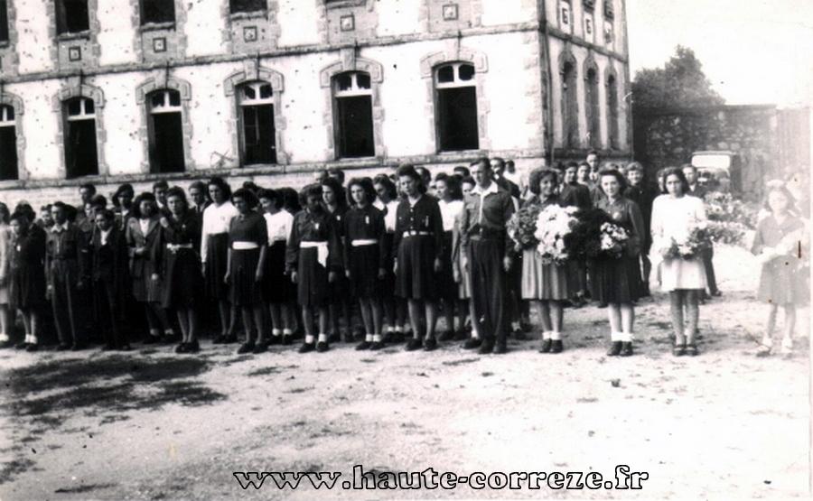 16 08 1944 college5